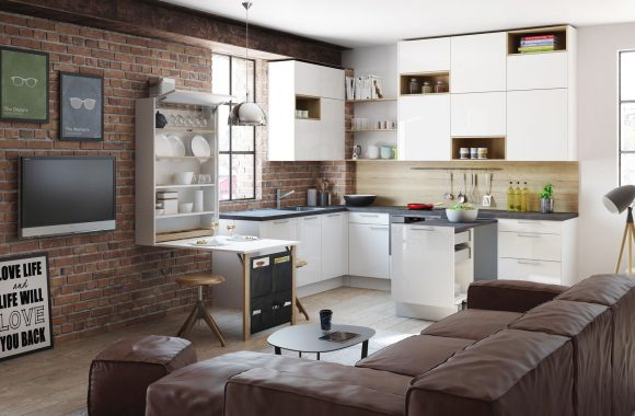 Trendige Wohnküche für kleine Räume