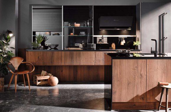Designküche Räuchereiche mit grifflosen Fronten