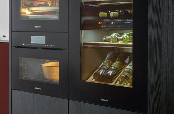 Küchentrends 2021 next125 Küche mit Miele Weinkühlschrank-Backofen-Kombination