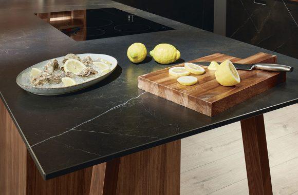 next125 Kochtisch mit Ceramic-Arbeitsplatte