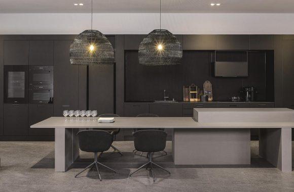 Küchentrends 2021 Schwarzgraue KH Küche